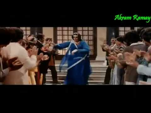 Mere Angne Mein - Amitabh Bachan - Laawaris (1981) - HD