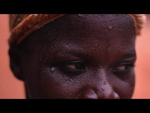 Carrying the Load: Kayayei in Ghana -- Peace Corps Ghana -- Documentary