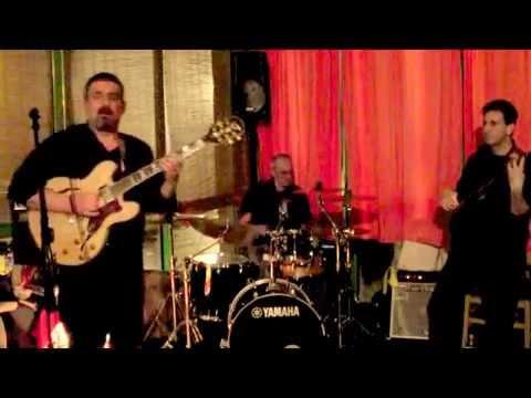 Manicomio Band plays Pino Daniele