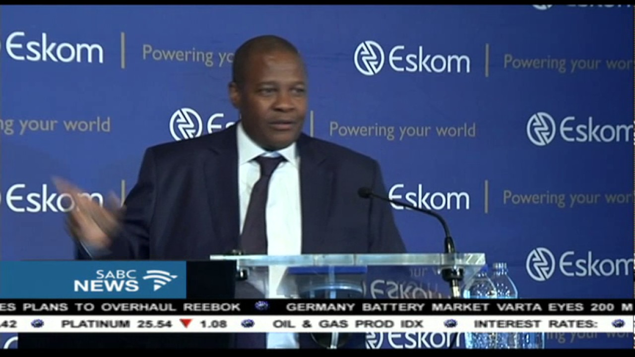 Brian Molefe breaks down during Eskom media briefing