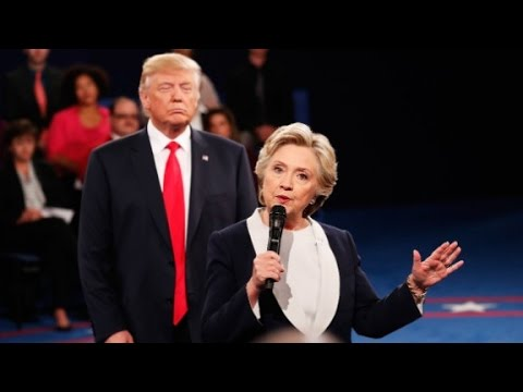 Clinton: Trump's Iraq war claim has been debunked