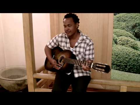 Hisia's Acoustic Cover Of Dive (Usher)