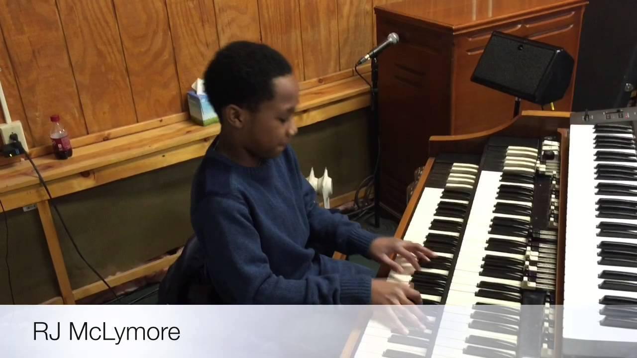 RJ McLymore (organist) Praise Break 2015 at Life Restoration Church