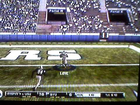Utah State throwing a touchdown pass to run up the score!