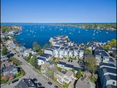 46 Gregory Street in Marblehead, Massachusetts