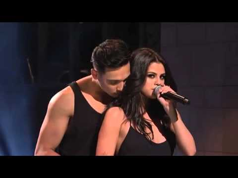 Selena Gomez - Can't keep my hand to...