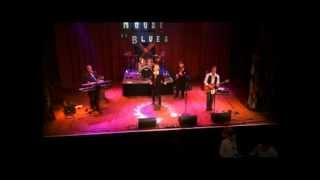 Peg (Steely Dan cover) Recorded live October 25, 2012 - House of Bl...