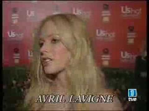 Avril Lavigne US Weekly Red Carpet by WWW.AVRILSPAIN.COM