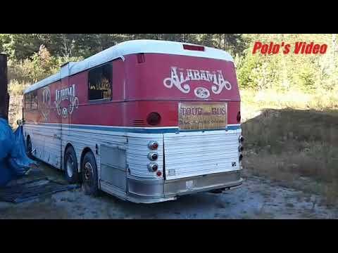 Old Alabama Silver Eagle tour bus. 10-3-17