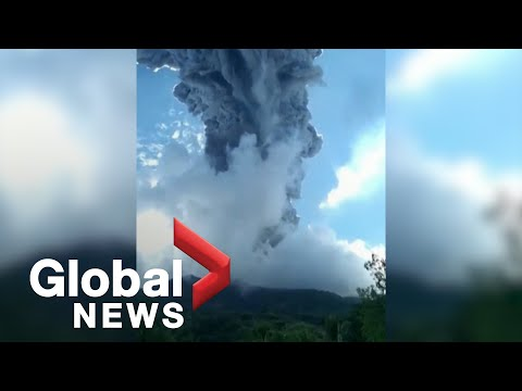 Indonesian volcano eruption forces thousands to flee