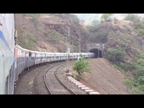 Royal Journey!!! DECCAN QUEEN on her 86th Birthday, Pune to Mumbai...