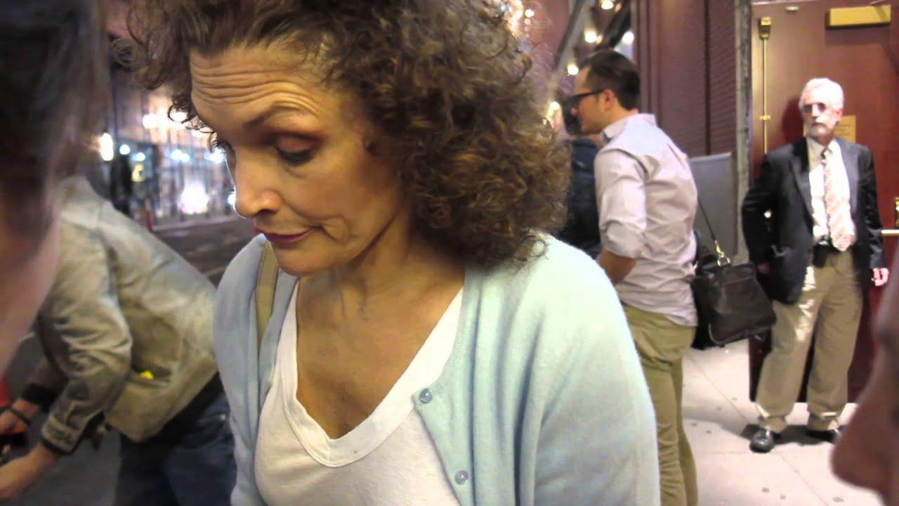 Mary Elizabeth Mastrantonio Signing Autographs Youtube
