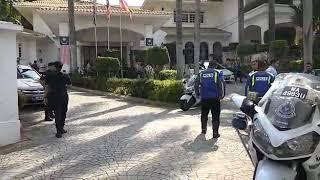 Bekas PM Najib Razak Keluar Dari Rumah Rasmi