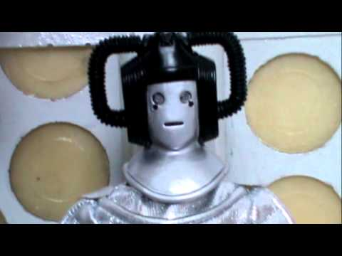 Doctor Who Action Figure Review: Bif Bang Pow Cyber Leader