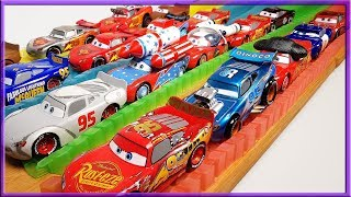 Disney Cars 3 Lightning Mcqueen Racing and Jumping Adventure
