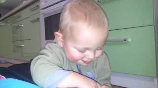Ребенок 1 год 2 месяца(Ребенок 1 год 2 месяца., 2015-02-06T15:11:33.000Z)