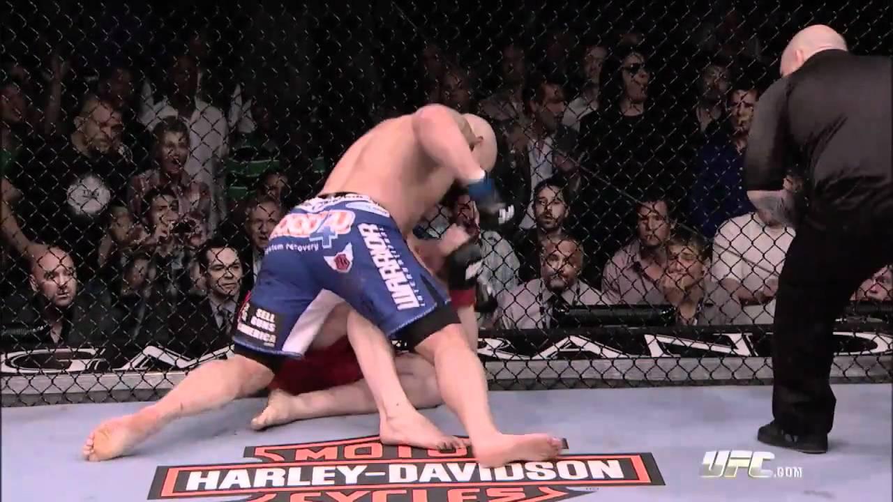 UFC 121: Lesnar vs Velasquez -...