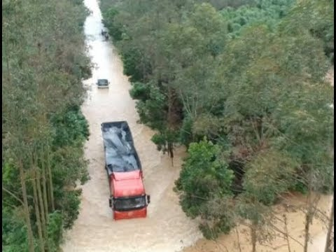 Heavy Rain Hits South China's Guangdong, Flooding Villages
