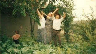 Evlerinin Önü Yonca | Manuş Baba Video