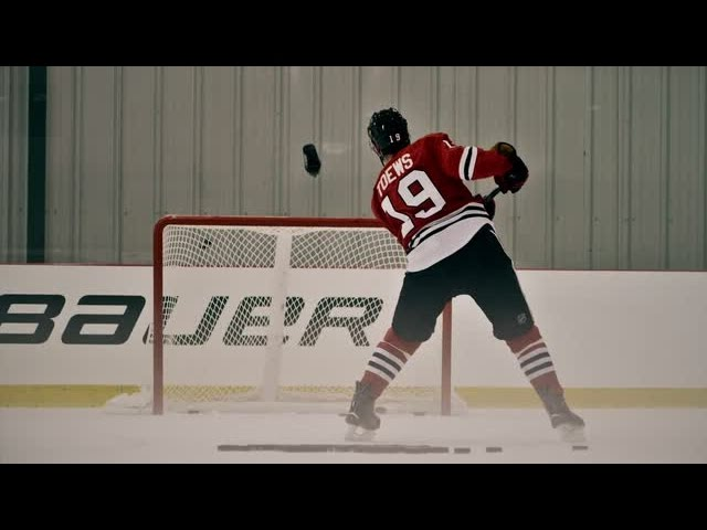 Chicago Blackhawks Jonathan Toews pulls off insane trick shot