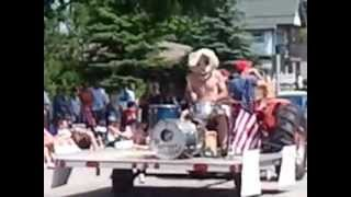 Rhythm Chicken ROCKS the 4th of July Parade in Door County!
