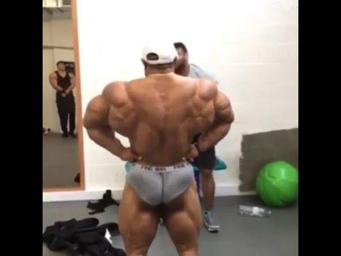 Roelly Winklaar Back Lat Spread ( Body Expo UK Back Stage ...