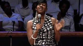 Le'Andria Johnson ministers at Mt. Zion thumbnail