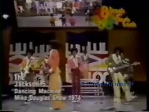 Michael Jackson - Dancing Machine - BEST ROBOT dance moves