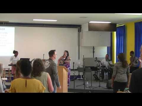 2017-07-23 La louange/praise and worship avec/with Martine Kelsey