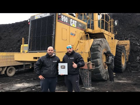 Cat 990F Wheel Loader Change Of Tire - Melidis SA