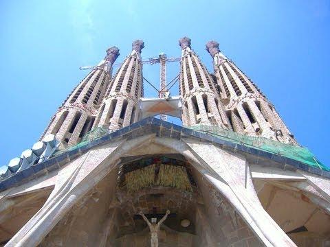 FOOTLOOSE IN SPAIN DVD ~ walking trails in Alpujarras and Barcelona video
