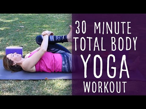 30 Minute Vinyasa Yoga Total Body Workout with Fightmaster Yoga