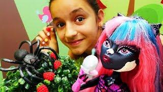Куклы Монстер Хай идут в кино - Видео для девочек
