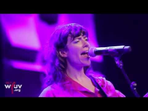 "Natalie Prass - ""My Baby Don't Understand Me"" (Live at SXSW)"