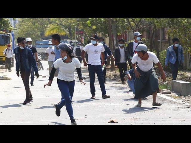 <span class='as_h2'><a href='https://webtv.eklogika.gr/i-pio-aimatiri-katastoli-diadiloseon-se-ena-24oro-sti-mianmar' target='_blank' title='Η πιο αιματηρή καταστολή διαδηλώσεων  σε ένα 24ωρο στη Μιανμάρ…'>Η πιο αιματηρή καταστολή διαδηλώσεων  σε ένα 24ωρο στη Μιανμάρ…</a></span>
