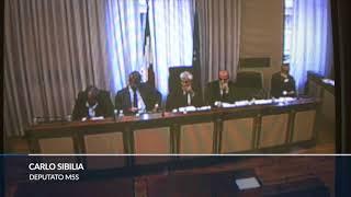 Banche, dopo 45 minuti caos in Commissione: