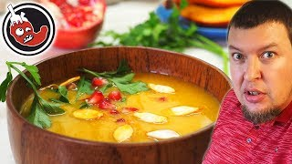 Яркий тыквенный крем суп из запеченных овощей. Конечно с перцем чили!