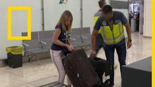 أمن المطارات: مدريد: الجدة المهربة | ناشونال جيوغرافيك أبوظبي
