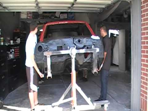 1970 Ss Chevelle Setting Body To Frame Youtube
