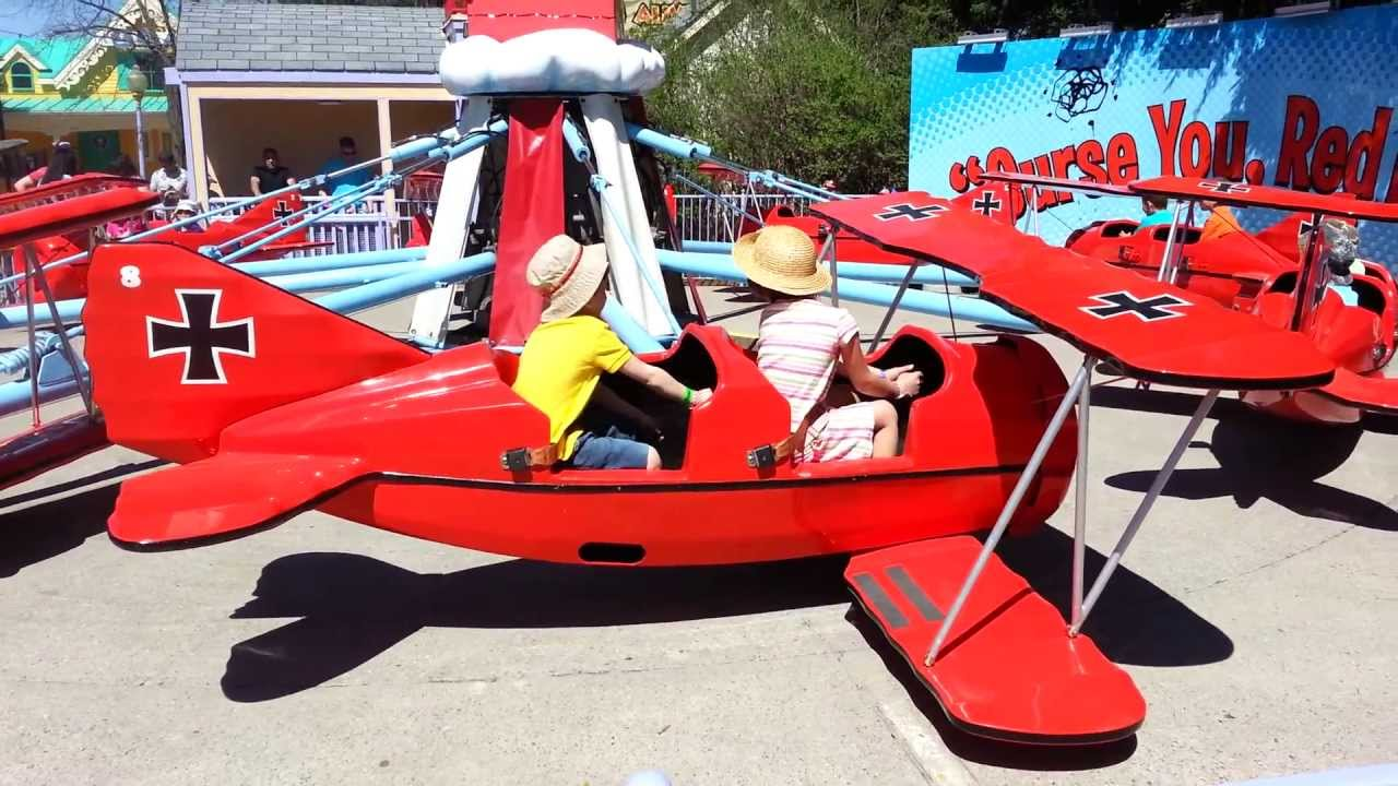 Snoopy vs. Red Baron Ride at Canada's Wonderland in Planet ... | 1280 x 720 jpeg 137kB