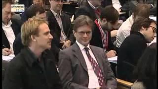 Merkel wird von einen holländischen Journalisten bloßgestellt!