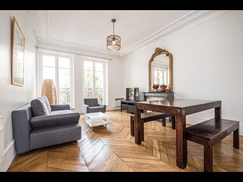 (Ref: 92018) 2-Bedroom furnished apartment for rent on rue Perronet (Neuilly-sur-Seine)