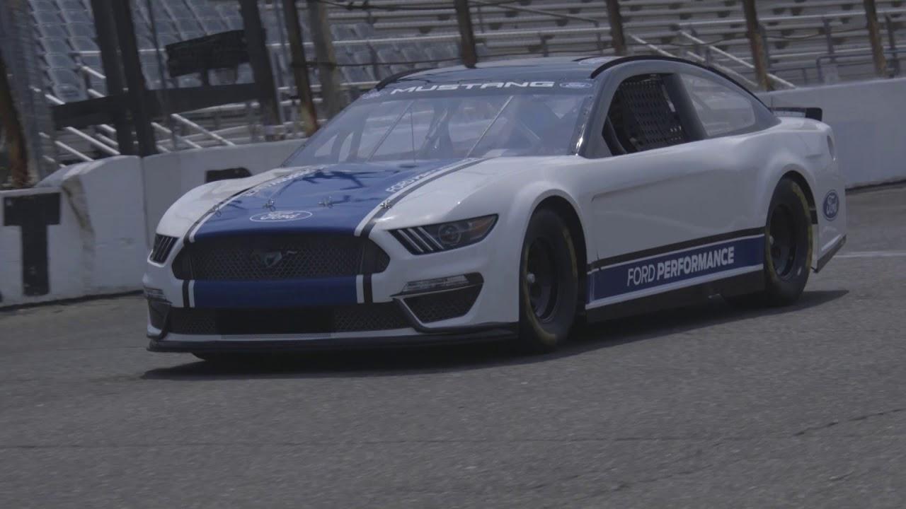 Fords nascar mustang model to debut at 2019 daytona 500