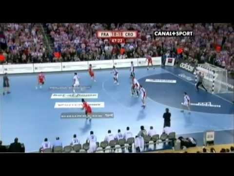 Canal+ | Bande annonce Ligue 1 2016/2017 von YouTube · Dauer:  1 Minuten 5 Sekunden
