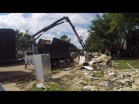 Trash Pickup / Cinco Ranch / Katy, Texas / Aftermath of Hurricane Harvey 2017