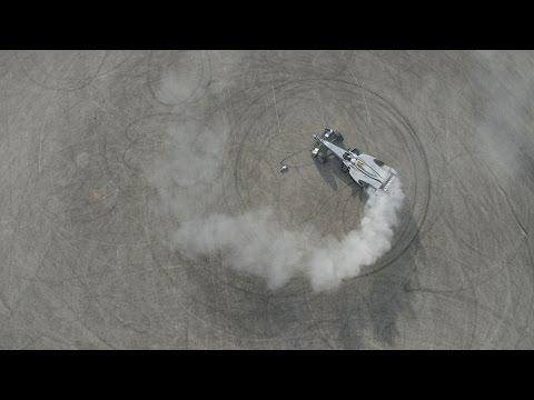 Wirelessly Charging RC Car vs Formula E Driver