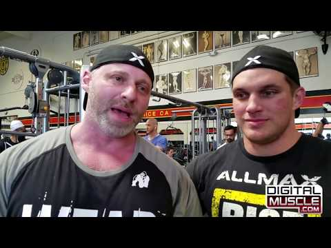 Venice Beach Muscle Scoop with Coach Eric Broser