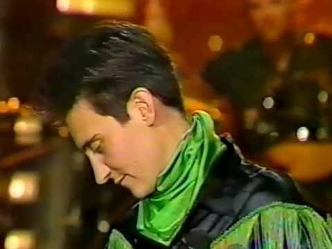 Down To My Last Cigarette Tears & Don't Care Who Cries Them k.d. lang on Johnny Carson