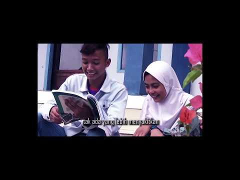 Free Download Langit Sore - Muda Dan Jatuh Cinta (nesasa Video Cover) Mp3 dan Mp4