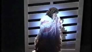Eglise Gutierrez sings la romanza de Maria la O